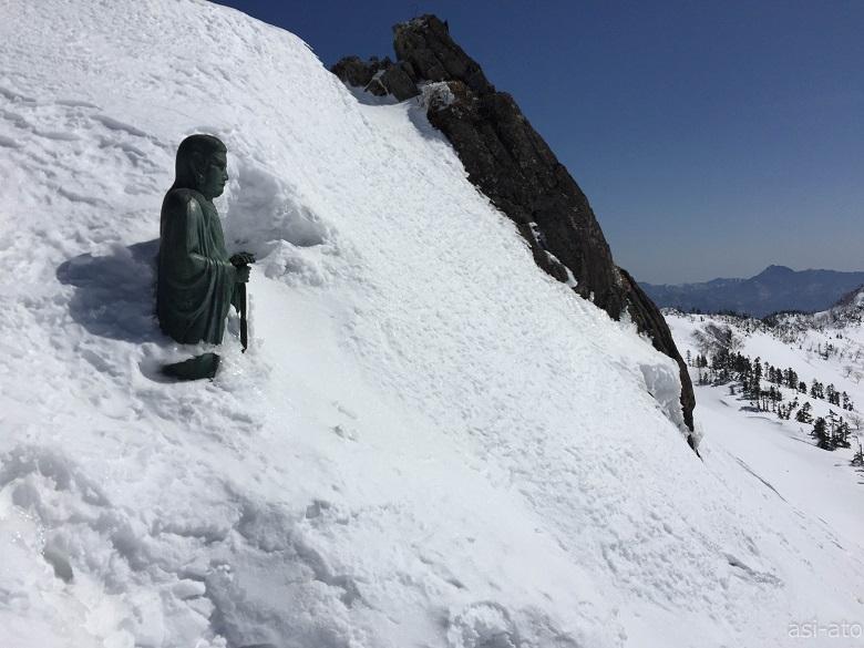 日本武尊の像(ヤマトタケルノミコト)